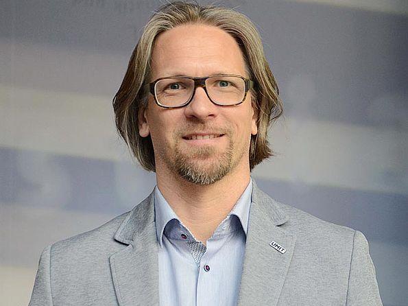 Dr. Armin Mölk - NetzwerkpartnerInnen DIEBERATERINNEN